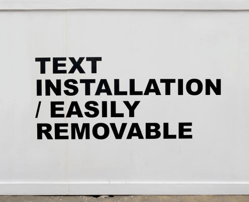 Stefan Brüggemann - Text Installation (2001)